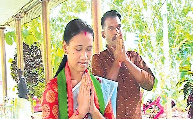Assam Woman Special Attraction In Kerala Local Body Elections  - Sakshi
