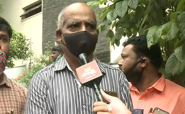 Operation Blue Star Hero Sridhar Reddy Legal Fight To Stop Disha Movie - Sakshi