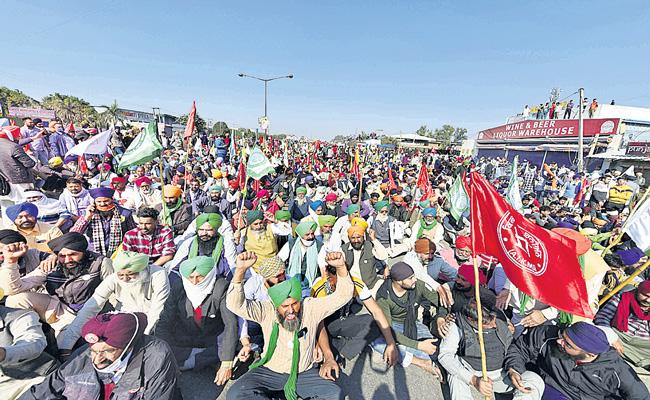 Union Agriculture Minister appeals to farmers to stop agitation - Sakshi