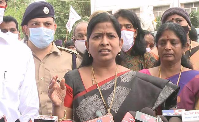 Taneti Vanitha Provided 1 Lakh Assistance To Girl Who Was Molestation - Sakshi