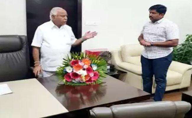 CM Yediyurappa Political Secretary Attempted Suicide - Sakshi