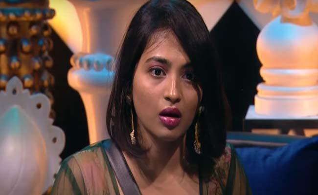 Bigg Boss 4 Telugu: Nagarjuna Says Harika Not Best Captain - Sakshi