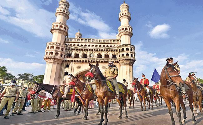 GHMC Elections 2020: Heavy Central Forces In Old City - Sakshi