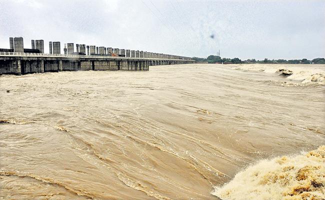 Huge Flood To Penna River With Nivar Cyclone Effect - Sakshi