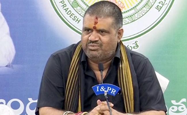 Minister Avanthi Srinivas Talks In Press Meet Over AP Tourism Boats In Vijayawada - Sakshi