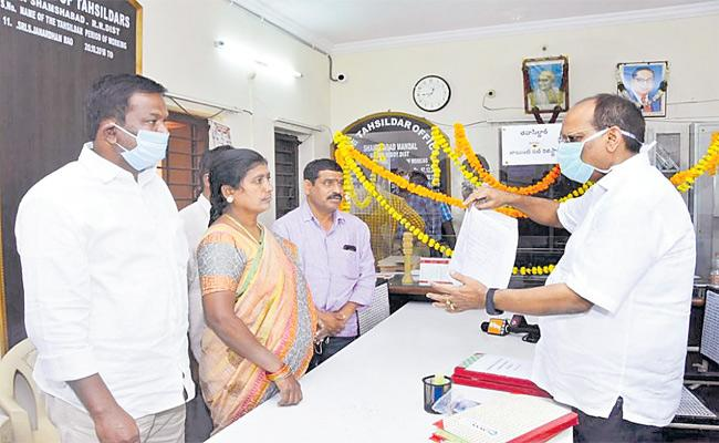 Dharani Portal Services Started In Telangana Over Registration Of Properties - Sakshi