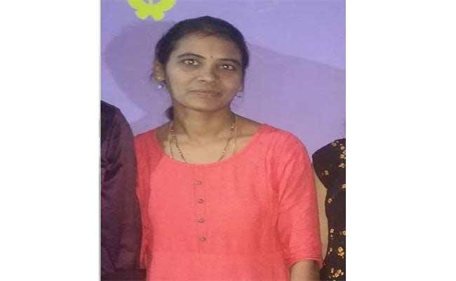 Women Agriculture Officer Aruna Body Was Found In Medak District - Sakshi