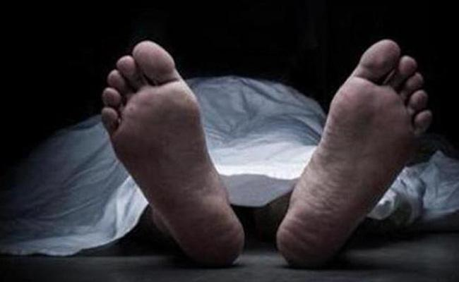 Father Assassinated Son And Sleeps Beside The Body Over The Night - Sakshi