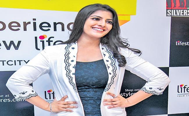 Varalaxmi Sarathkumar speaks about the importance - Sakshi