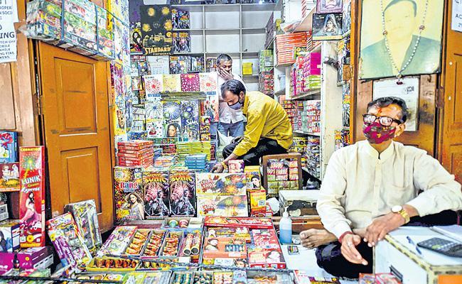 Fireworks industry shocked over cracker bans - Sakshi