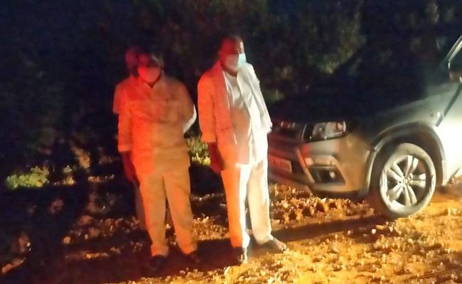 Police Raids On Poker Bases Anantapur District  - Sakshi