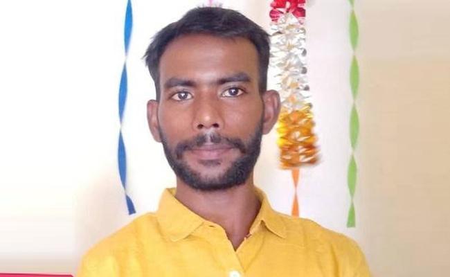 Tamil TV Reporter Stabbed To Death In Kundrathur - Sakshi