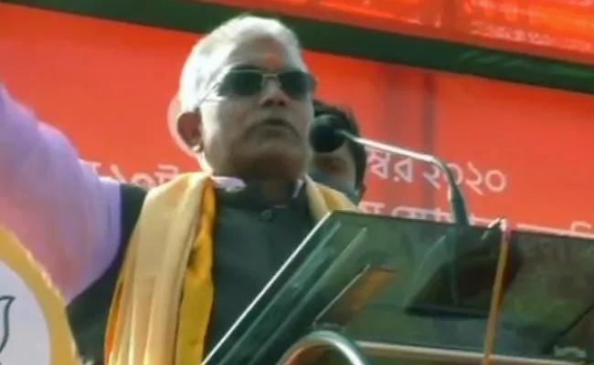 Bengal BJP Chief Dilip Ghosh Broken Limbs Death Threat At Rally - Sakshi