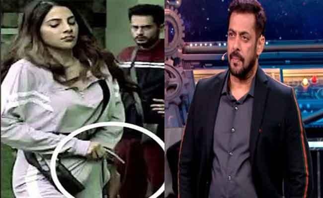 Bigg Boss 14: Salman Khan Shames Nikki Tamboli Hiding Mask In Pants - Sakshi