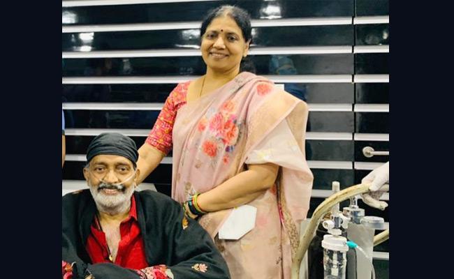 Coronavirus : Hero Rajasekhar Discharge From Hospital - Sakshi