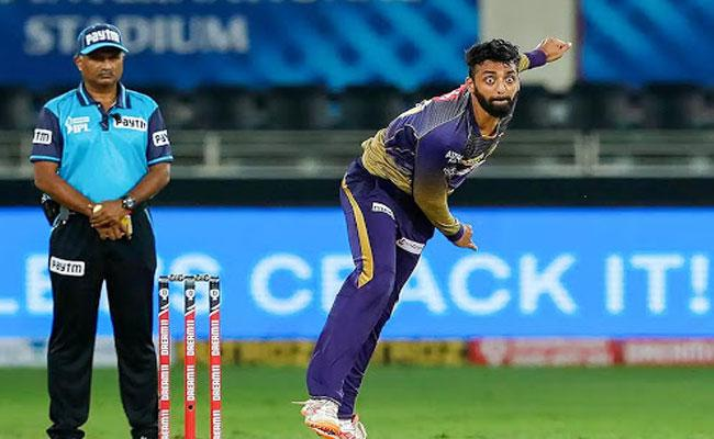 India vs Australia: Varun Chakravarthy Suffering Shoulder Injury - Sakshi