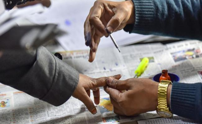 GHMC Elections 2020: All Parties Last Ditch To Attract Voters - Sakshi