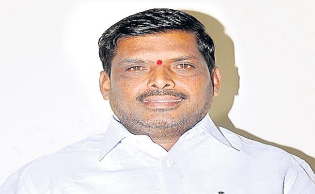 Atrocities Case Against MLA Mahipal Reddy - Sakshi