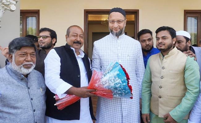Asaduddin Owaisi Decides To Contest West Bengal Assembly Elections - Sakshi