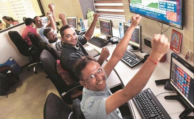 Market ends @ lifetime highs on FPIs investment boost - Sakshi