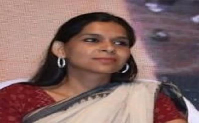 Rahul Gandhi Key Appointee Ruchi Gupta Quits Congress Party - Sakshi