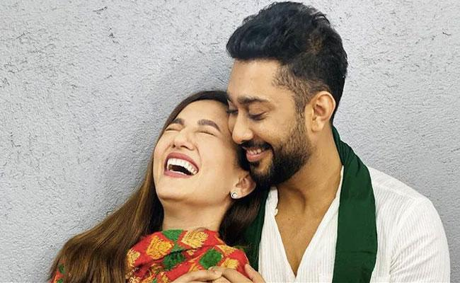 What Gauahar Khan Said About The Age Difference With Fiance Zaid - Sakshi