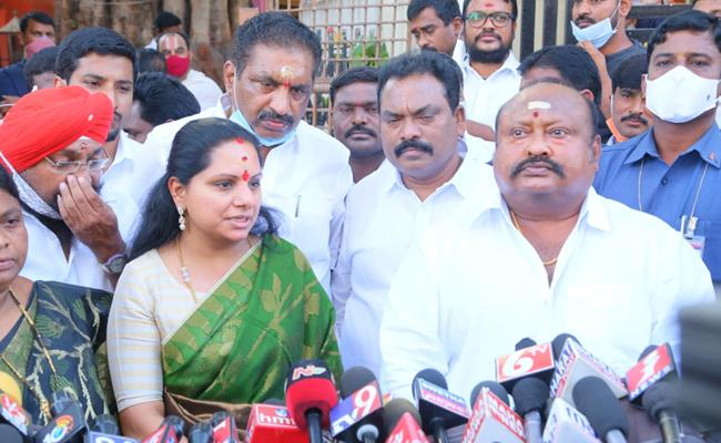 We Will Win 100 In GHMC Elections Says Kalvakuntla Kavitha - Sakshi