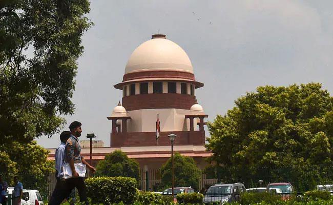 Contempt Proceedings Against Cartoonist For Criticising Top Court - Sakshi