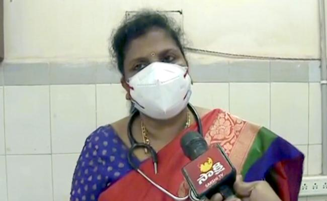 Vizag Lover Attack Case Victim Situation Is In Danger - Sakshi