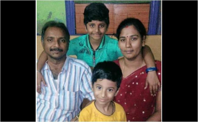 Women Lost Life In Kurnool - Sakshi