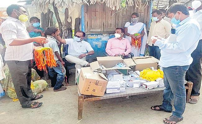 Six Peple Died In 20 Days In Mulugu District With An Elusive Disease - Sakshi
