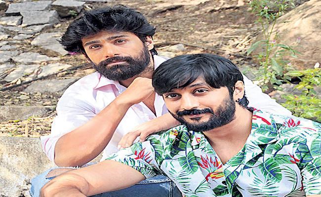 Happy Days Hero Signs New Film  - Sakshi