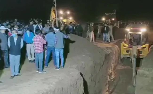 Four yearold boy falls into open borewell in UP - Sakshi