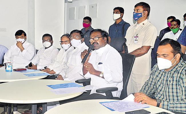 Puvvada Ajay Kumar Fires On CPI Leader Narayana - Sakshi