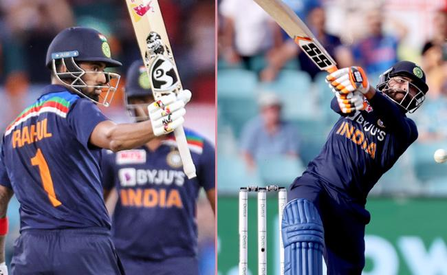 Team India Set Target Of 162 Runs Against Australia - Sakshi