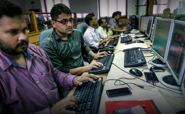 Market gains with FPIs investment support - Sakshi