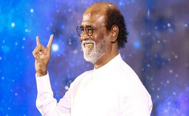 Superstar Rajinikanth Announces Political Entry Into Tamil Politics - Sakshi