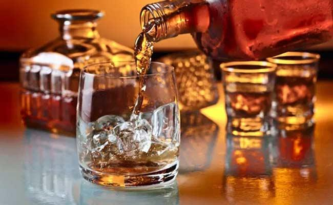 People Drinking More Foreign Liquor In Nizamabad District - Sakshi
