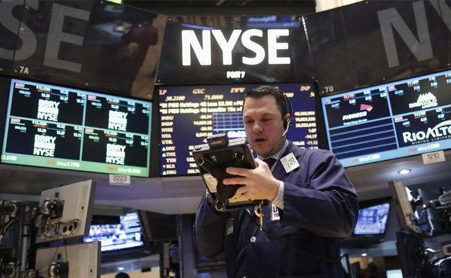 US market ends @ record highs on stimulus hopes - Sakshi