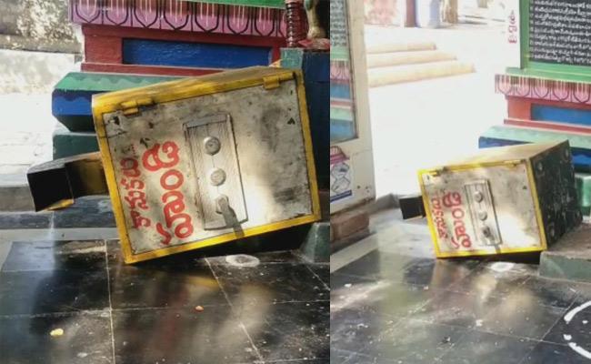 Robbery In Venkateswara Swamy Temple Gannavaram - Sakshi