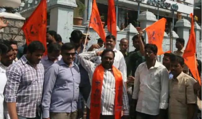 Bajrang Dal Warns Hindus Visiting Church will be Beaten on Christmas - Sakshi