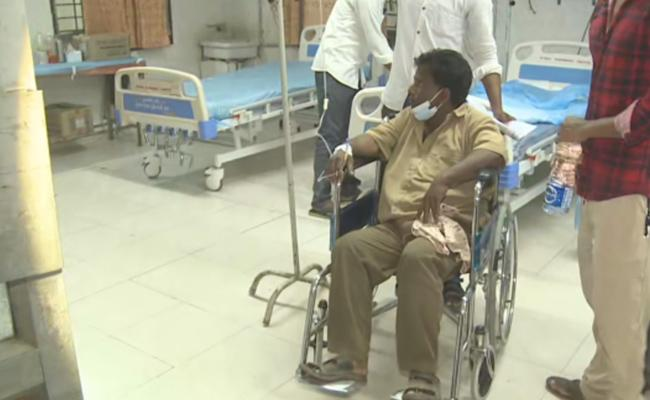 Decreasing Illness Cases In Eluru - Sakshi