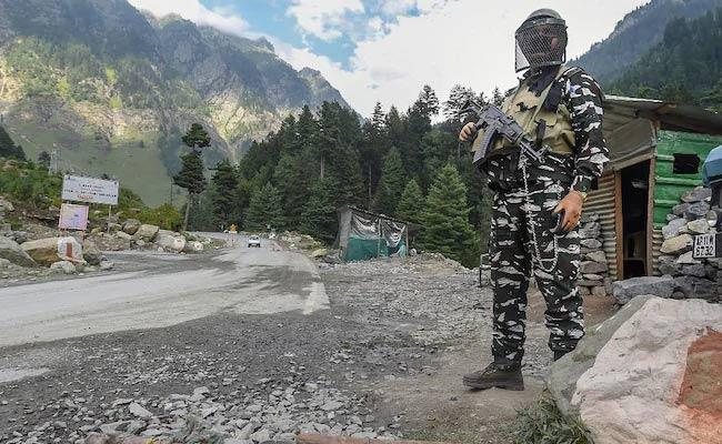 China calls for immediate return of soldier held by India - Sakshi
