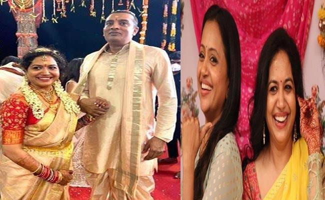 Buzz CreatedThatSuma Gifts Diamond Necklace To Singer Sunitha - Sakshi