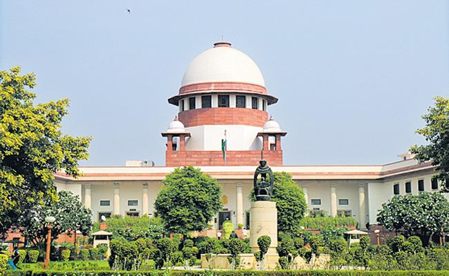 Supreme Court expresses inclination to stay Farm Laws - Sakshi