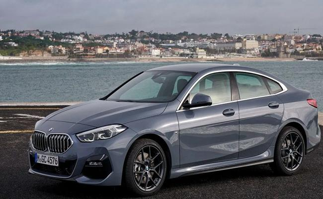 BMW Launches 220i M Sport with petrol powertrain, Pricing starts at Rs 40.9 - Sakshi