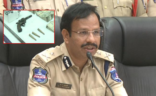 Cyberabad Police Arrest Interstate Thieves Involved RC Puram And Shankarpally Cases - Sakshi
