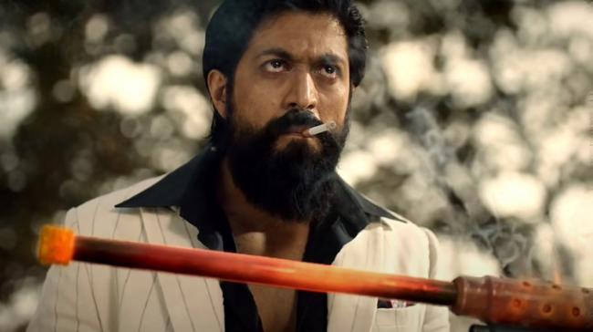 KGF2 Teaser Yash And Prashanth Neel Gets Notice Over Smoking Scene - Sakshi