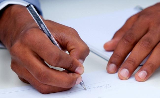 Washim Youth Writes Letter to Maharashtra CM for Marriage - Sakshi