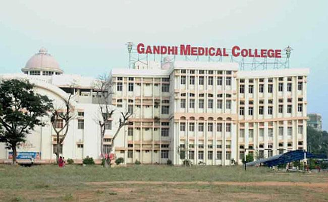 Telangana: MBBS 1st Year Classes Will Be Start On February First - Sakshi